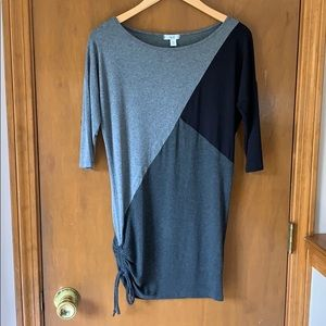 Cache color block black gray tunic top 3/4 sleeve